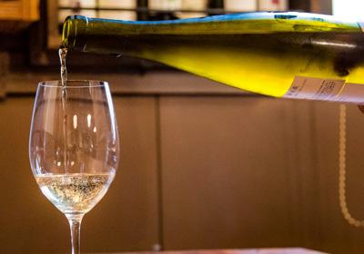 drink_wine_0819